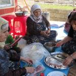 Women preparing food, south (Iraqi) Kurdistan.  Source: Gina Lennox, 2014